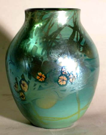 L.C. Tiffany Favrile #4192H Iridescent Art Glass Vase For Sale